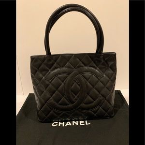 Vintage Chanel Quilted Caviar Tote Satchel - BLACK